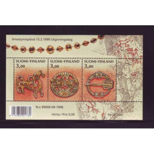 Finland Sc 1108 1999 Kalevala Women's Brooches stamp sheet mint NH