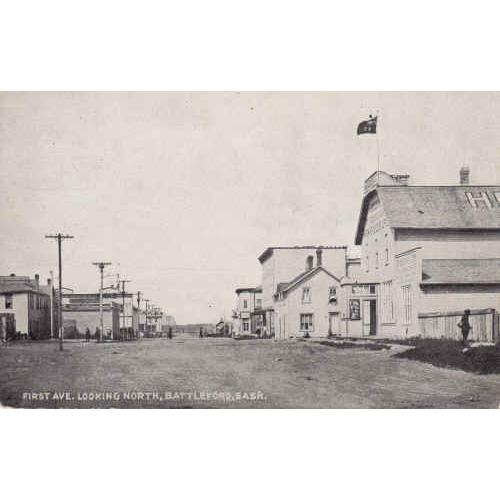 Battleford, Sask Black & White Picture Postcard